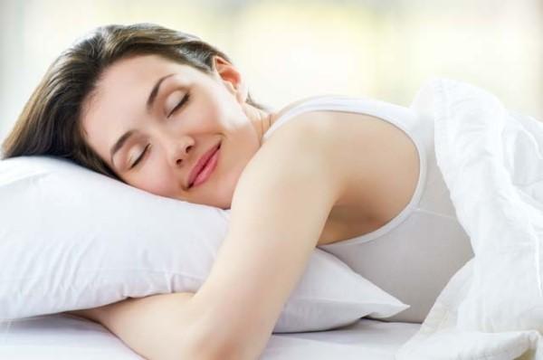Здоровый сон для кожи лица